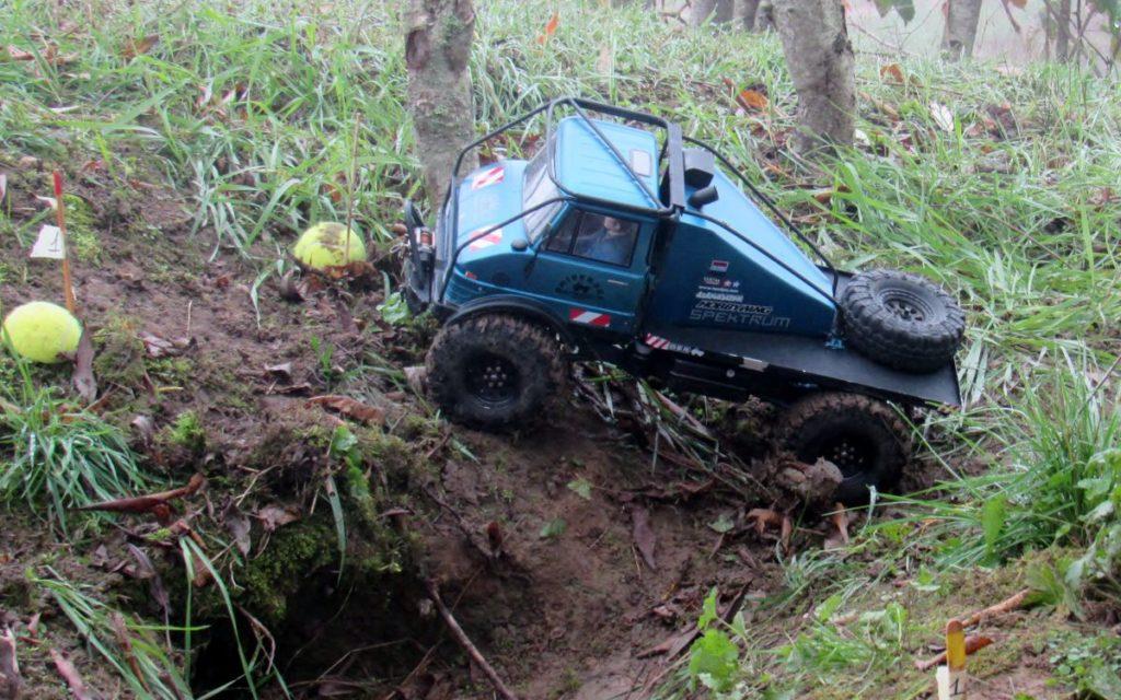 Véhicule radiocommandé RC Scale-Crawler club tout terrain Steinbourg