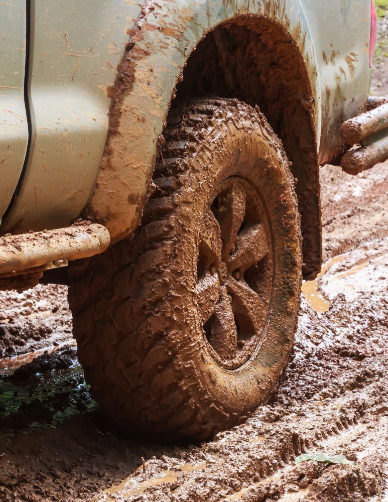 Photo d'une roue d'un 4x4 à Alsace Off road